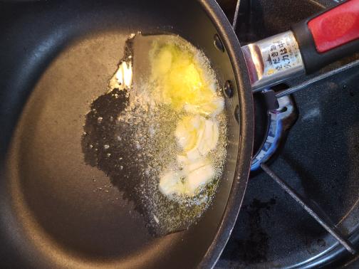 バターオリーブオイルにんにく